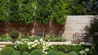 Cedar wood screening landscape design1