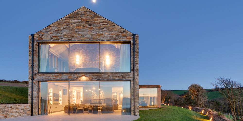 Retreat in Cornwall by Woodford Architecture and Interiors