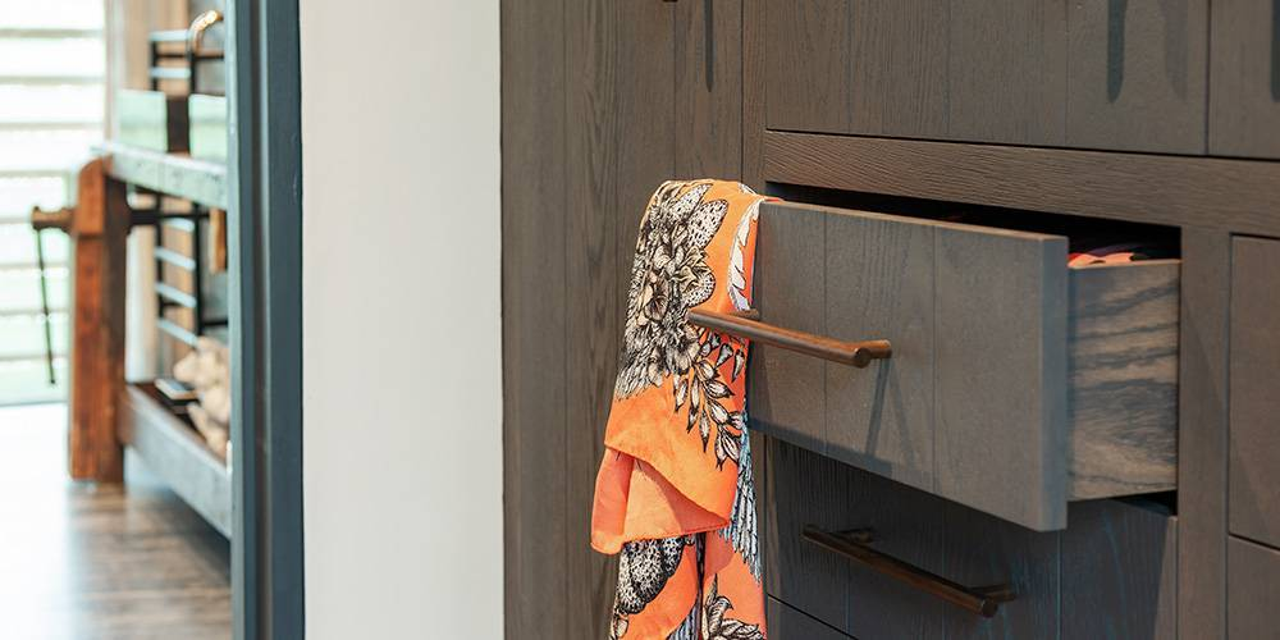 Architects devon master dressing room details