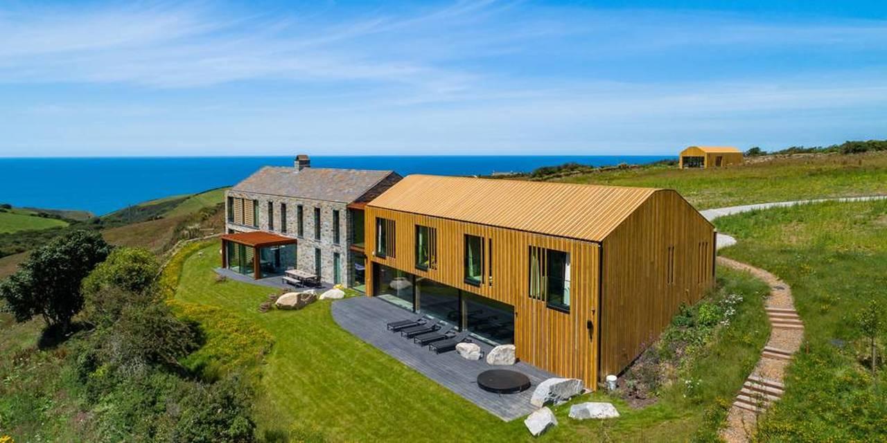 Coastal Home Architecture and Interiors