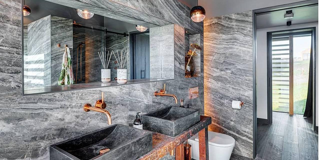 Devon architects and interior designers master en suite