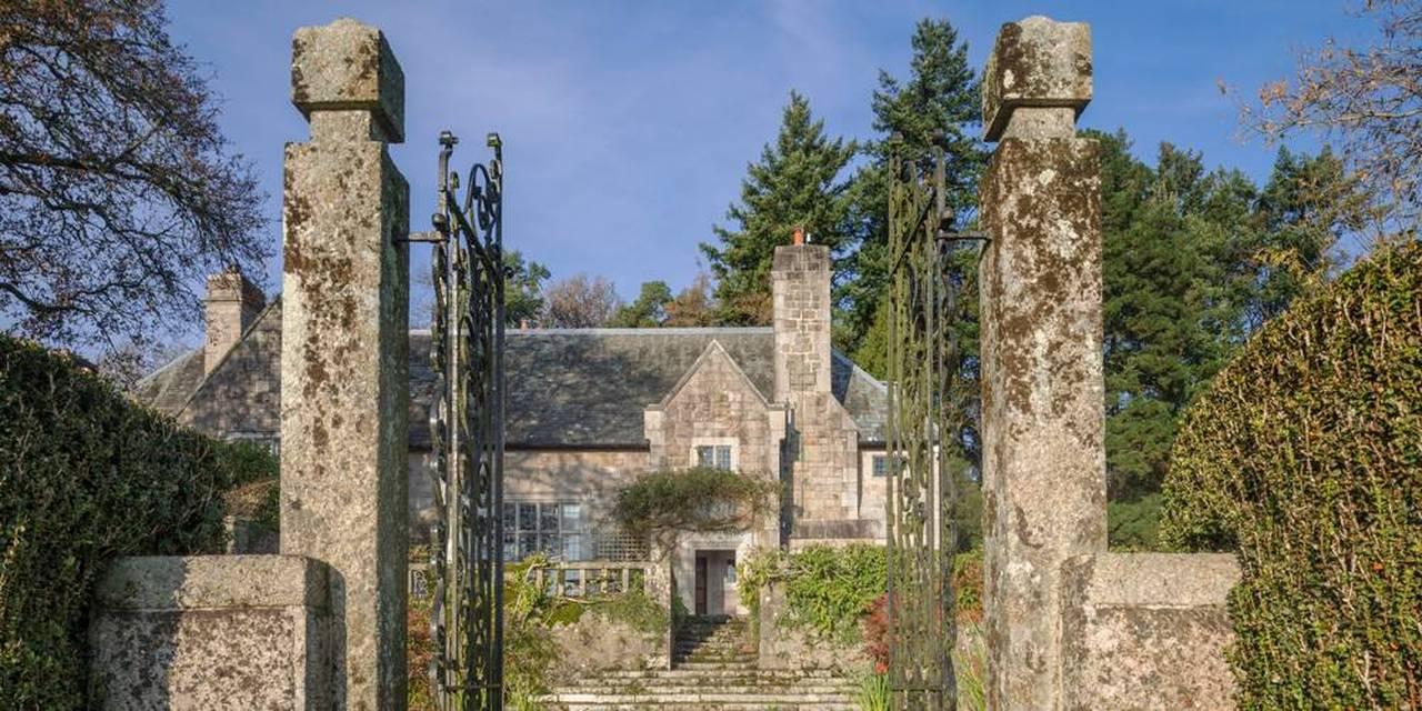 Manor house Dartmoor Devon architects