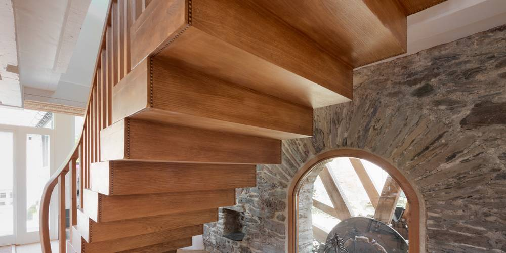 Devon Architects Dining room oak staircase