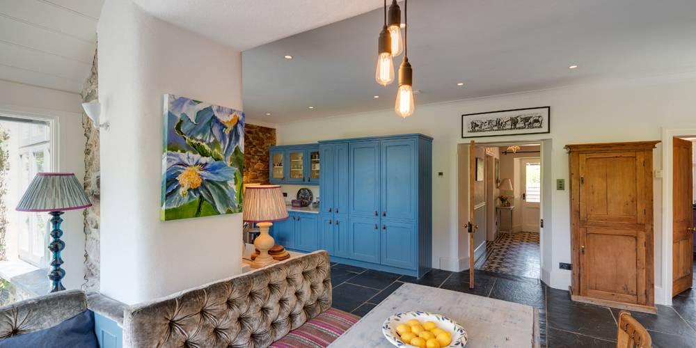 Devon Architects Kitchen banquette seating