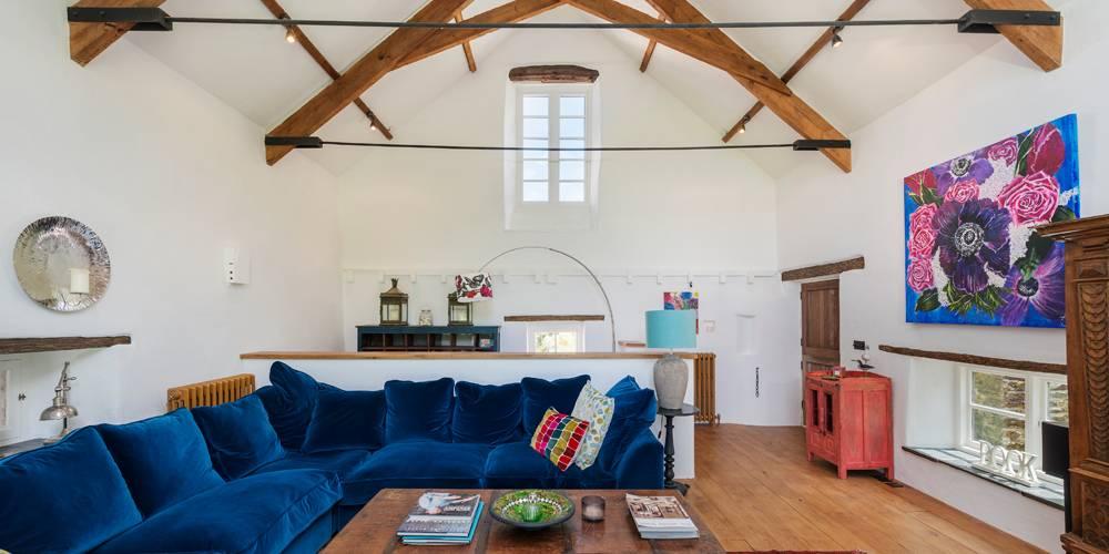 Devon Architects Living room stair