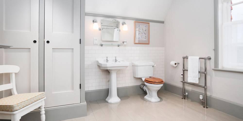 Interior Design Devon Holiday Cottage Bathroom