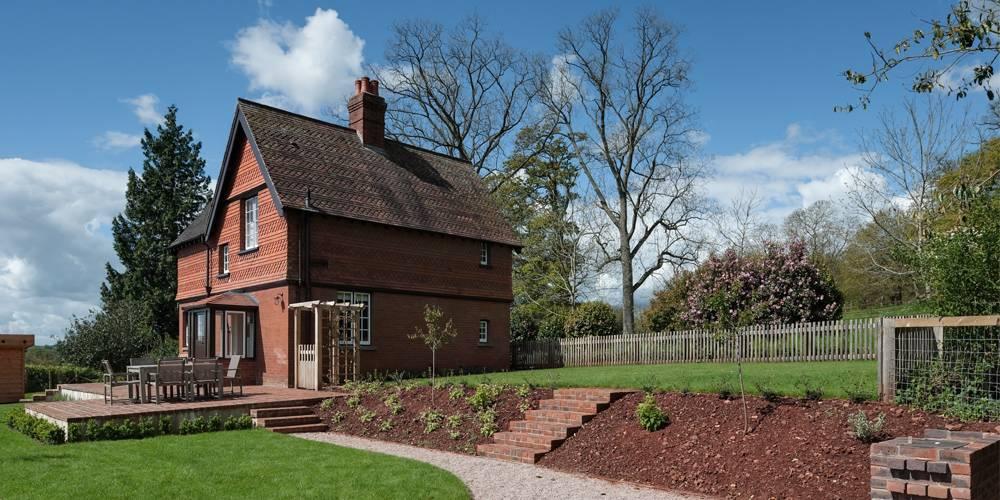Listed Devon National Trust Holiday Cottage