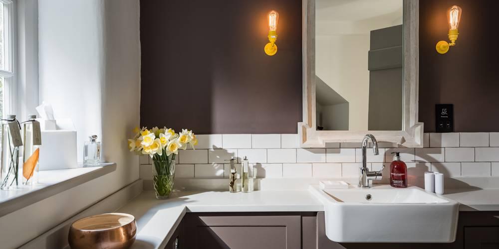 Devon Architects Unique Homestays Bathroom