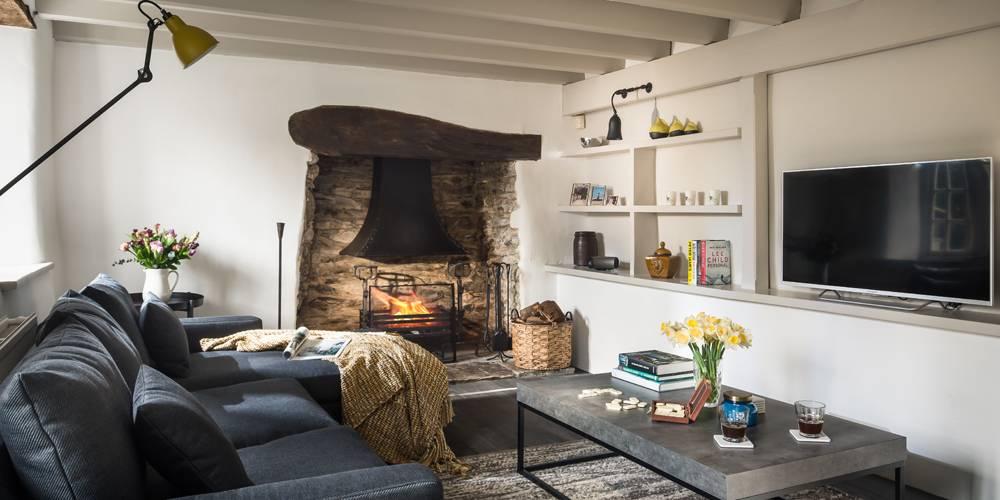 Devon Architects Unique Homestays Living