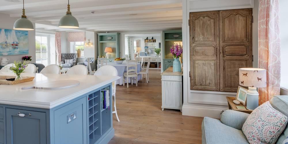 Architects Cornwall Hamptons style kitchen