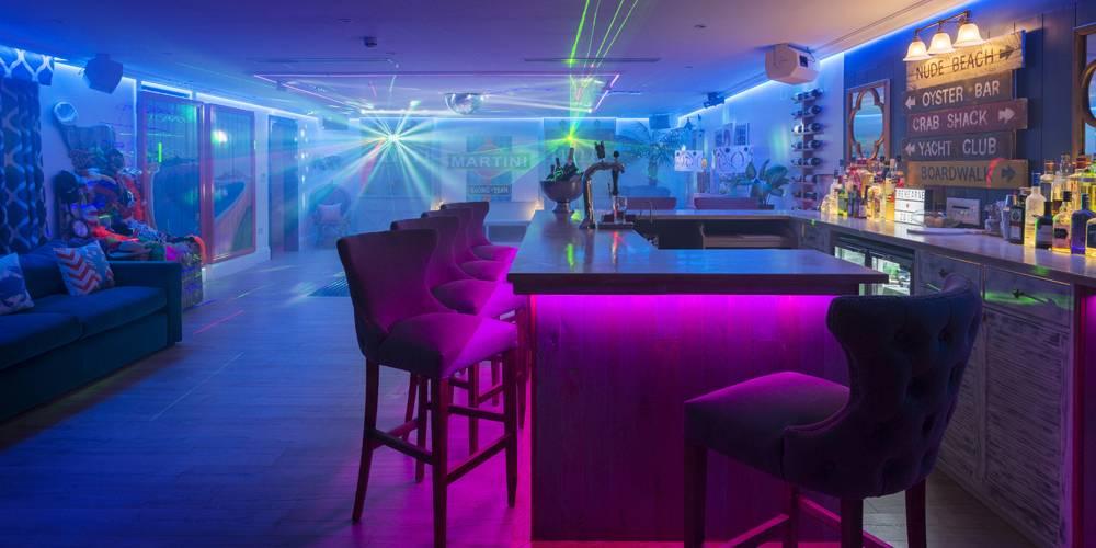 Architects Devon bar and dance floor