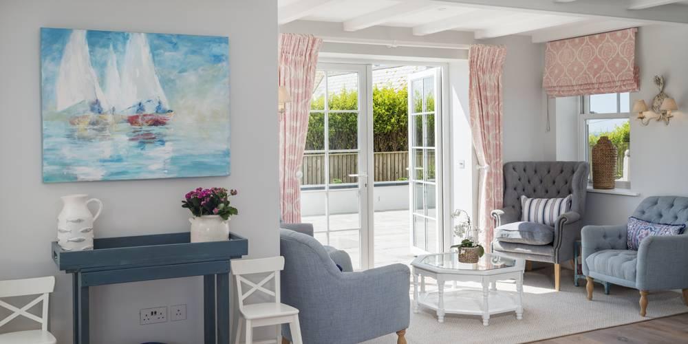 Architects Salcombe Hamptons style kitchen lounge